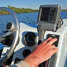 how to use a fishfinder